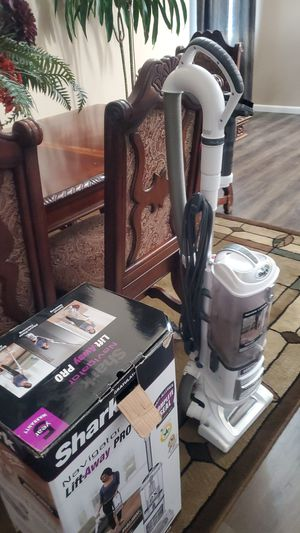 Shark Vacuum cleaner for Sale in Stockton, CA