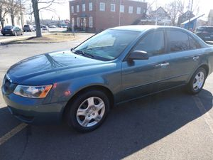 Hiunday sonata 2006 transmission manual 4 cil for Sale in New Haven, CT