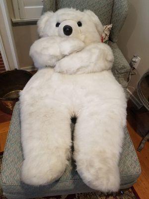 Huge stuffed polar bear for Sale in San Gabriel, CA