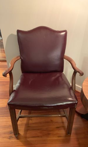Leather chair for Sale in Atlanta, GA