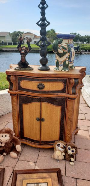 Night stand nightstand entrance table sofa table side living room bedroom for Sale in New Port Richey, FL