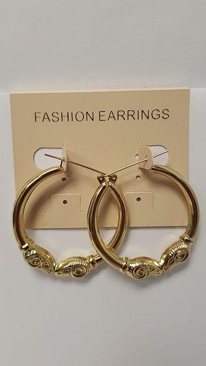 NEW 10 Karat Yellow Gold Ram's Head Hoop Earrings for Sale in St. Louis, MO