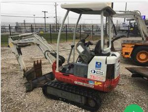 Takeuchi Mini Excavator 3000-3999 LBS for Sale in Elk Grove Village, IL