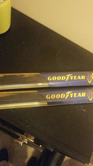 Windshield wiper blades for trucks for Sale in Fresno, CA