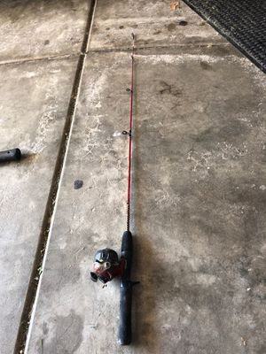 Junior SHAKESPEARE FISHING ROD AND REEL for Sale in Yorkville, IL