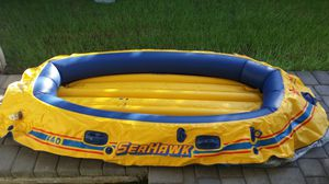 SEAHAWKS 440 4 PERSON INFLATABLE BOAT. for Sale in Gilbert, AZ