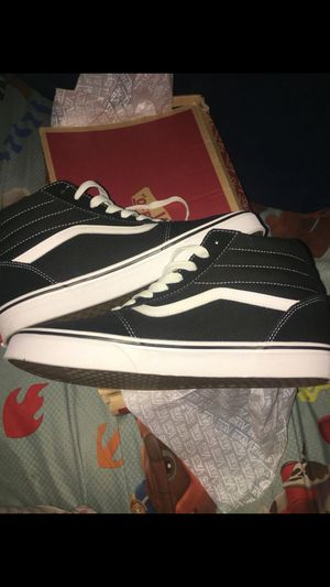 VANS MEN SHOES for Sale in Tallahassee, FL