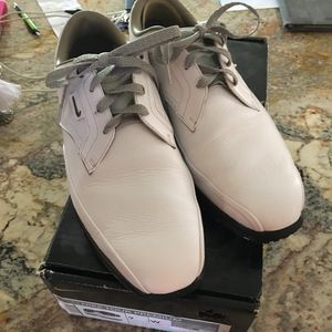 Nike Premium Golf shoes size 9 for Sale in Lakewood, CO