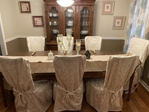11 pcs dining room set by Drexel for Sale in Snellville, GA