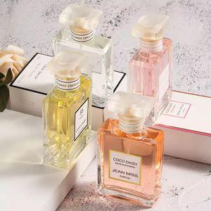 Imatation Chanel perfume. for Sale in Miami, FL