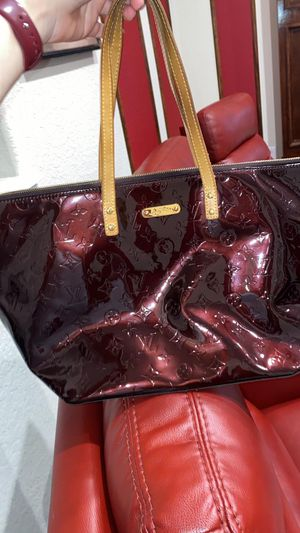 Louis vuitton purse for Sale in Tomball, TX