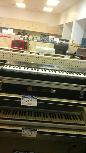 Enon keyboard for Sale in Norcross, GA