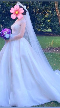 White, gorgeous wedding dress. S Size for Sale in Alpharetta,  GA
