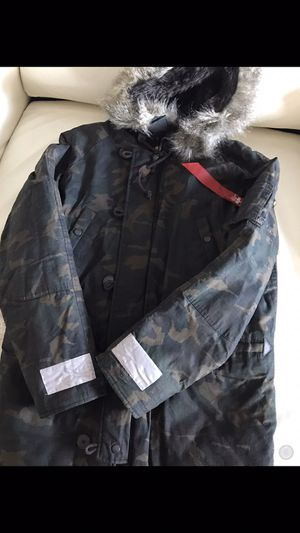 Men's Alpha Industries Camo Parka Size Large for Sale in King of Prussia, PA