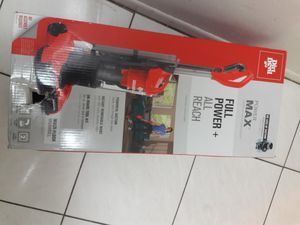 Dirty devil max full reach vacuum never been use box never been open for Sale in Miami Gardens, FL