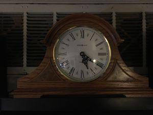 Howard Miller Mantle Clock antique - for Sale in Las Vegas, NV