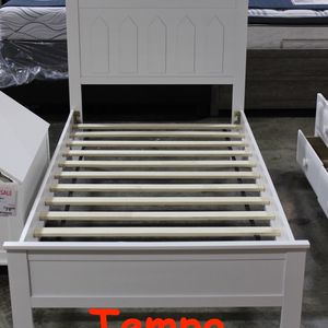 NEW IN THE BOX. TWIN WOOD PLATFORM BED, WHITE, SKU# TC7582-WH for Sale in Tustin, CA