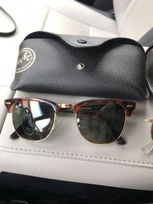 Women''s or men's club master sunglasses new for Sale in Kirkland, WA