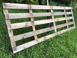 38 AVAILABLE - HEAVY DUTY PALLET RACK for Sale in Pasadena, TX