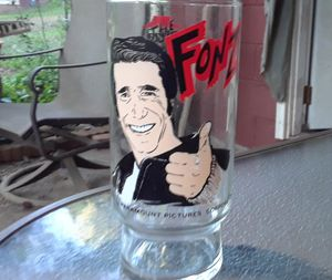 Vintage 70s The Fonz Happy Days Collection Dr Pepper 16oz Drink Glass Tumbler for Sale in Marietta, GA