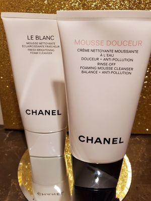 Fresh brightening facial cleanser for Sale in Douglasville, GA