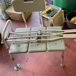 Free Bathroom Chair And Crutches for Sale in Hollywood, FL