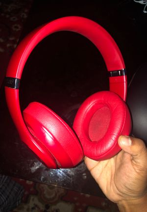 Beats Studio³ Wireless Noise Canceling Headphones - Red for Sale in Hawthorne, CA