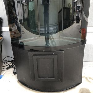 54 gallon Corner Bow front Fish Tank,Custom Overflow With Wet&dry Sump Filter for Sale in Federal Way, WA