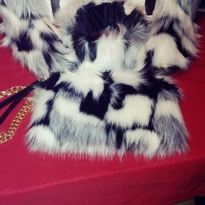 3pc Fur Winter Boots Set for Sale in Conyers, GA