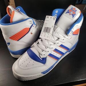 NWB Adidas Rivalry Hi Knicks Size 10 for Sale in Daly City, CA
