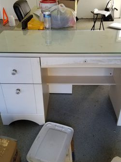 table for Sale in Tacoma,  WA