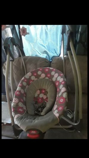 Graco baby swing for Sale in North Las Vegas, NV