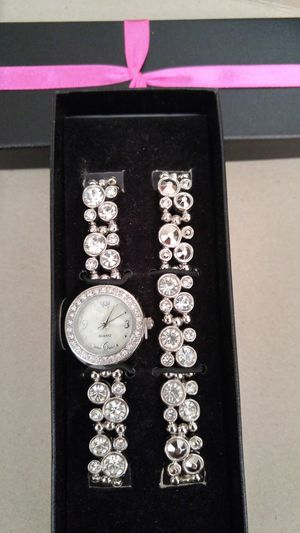 Beautiful Watch & Bracelet 2 Pc Set (NEW) for Sale in Ontario, CA
