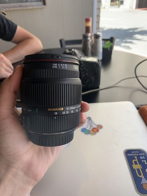 Sigma 18-200mm f3.5-6.3 DC OS HSM Lens for Canon EOS for Sale in Morgantown, WV