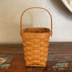 Longaberger Basket Small for Sale in Visalia, CA