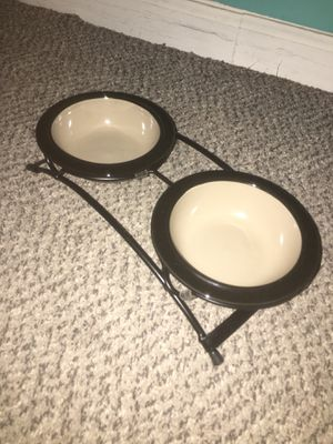Basic cat water and food bowls for Sale in Tempe, AZ