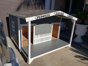 Casa de perro for Sale in Lynwood, CA