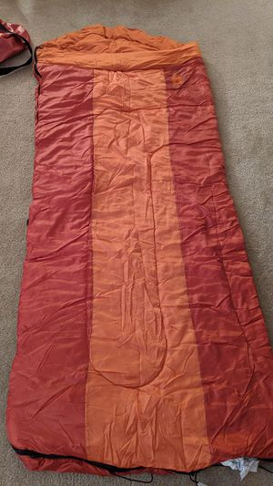 Coleman 40 degree sleeping bag for Sale in Chicago, IL