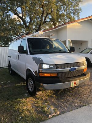 Chevy express for Sale in Miami, FL