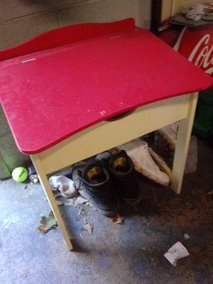 Kids desk for Sale in Hermitage, TN