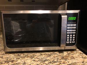 900 watts microwave hamilton beach for Sale in Boston, MA