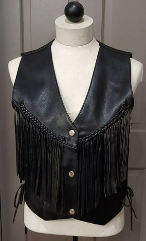 New Hudson Leather Fringe Vest Size Small Firm Price for Sale in Burlington, NC