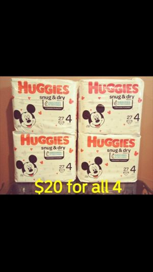 Huggies Snug & Dry size 4 diapers pampers for Sale in Whittier, CA