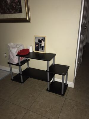 Desk furniture for Sale in Los Angeles, CA