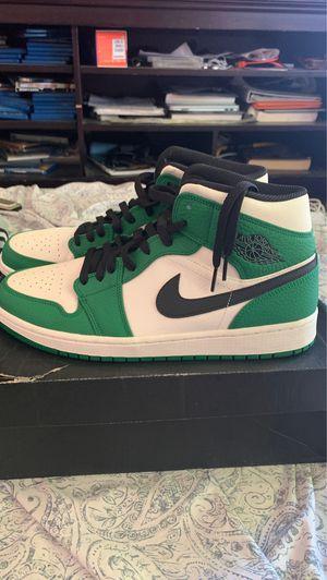 Air Jordan 1 mids se pine green size 11 for Sale in Long Beach, CA