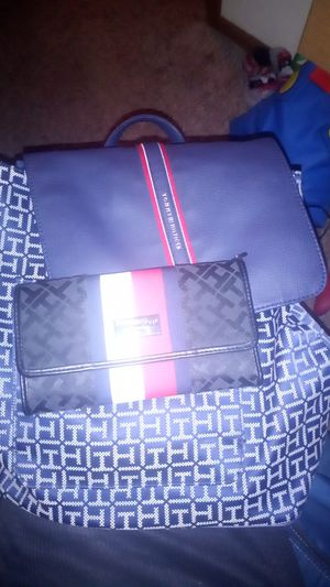 Tommy hilfiger bag and wallet for Sale in Dallas, TX