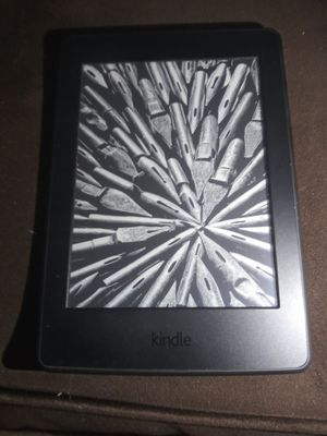 Paperwhite Kindle for Sale in Castleton, IN