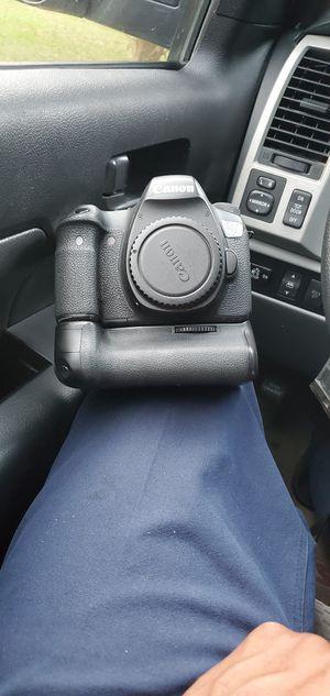 Canon 6D Professional camera for Sale in Fairburn, GA