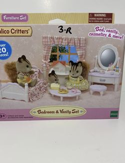 CALICO CRITTERS #CC1747 Bedroom and Vanity Set - New Factory Sealed for Sale in Weston,  FL