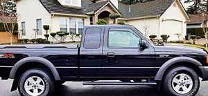ֆ12OO Ford Ranger 4WD for Sale in Hutchinson, KS
